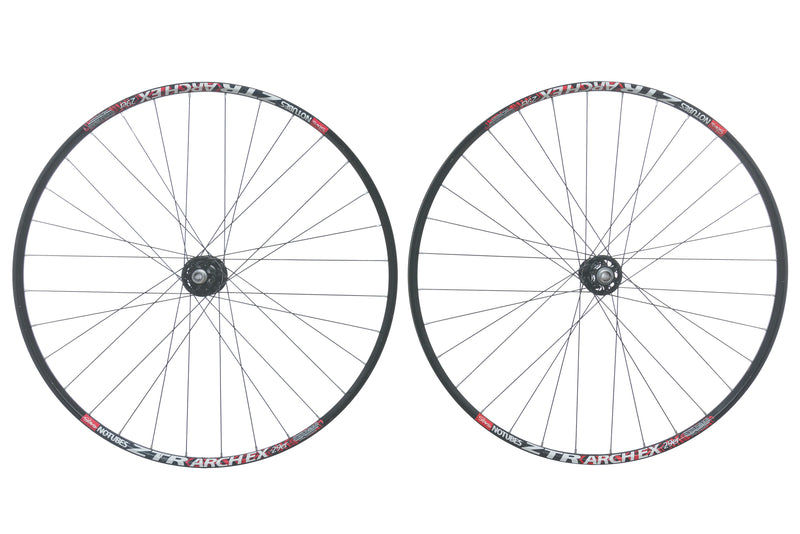 "Stan's NoTubes ZTR Arch EX 29"" Wheelset drive side"