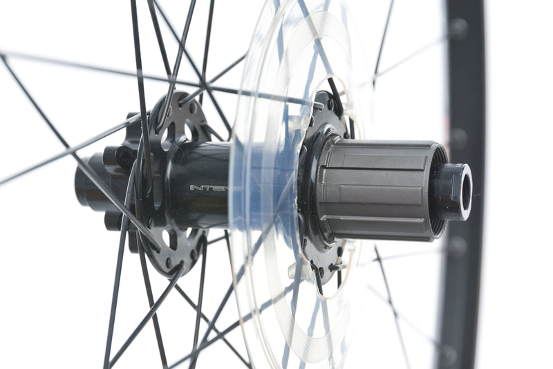 "Sun Ringle Helix TR 27 Aluminum Tubeless 29"" Wheelset drivetrain"