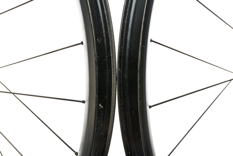 "Specialized Roval Traverse Carbon Tubeless 29"" Wheelset sticker"