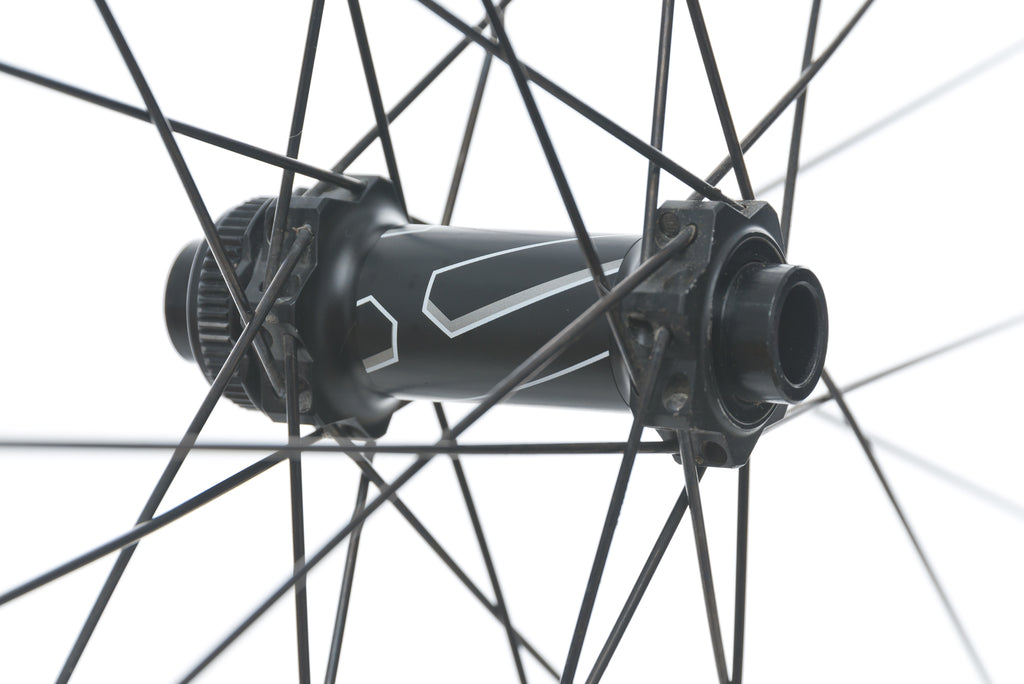 "DT Swiss E 1900 Spline Aluminum Tubeless 29"" Wheelset sticker"