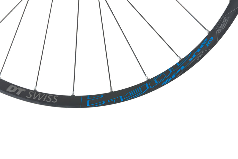 "DT Swiss E 1900 Spline Aluminum Tubeless 29"" Wheelset cockpit"