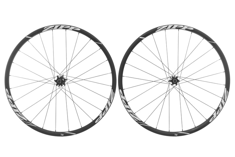 Zipp 30 Course Aluminum 700c Wheelset drive side