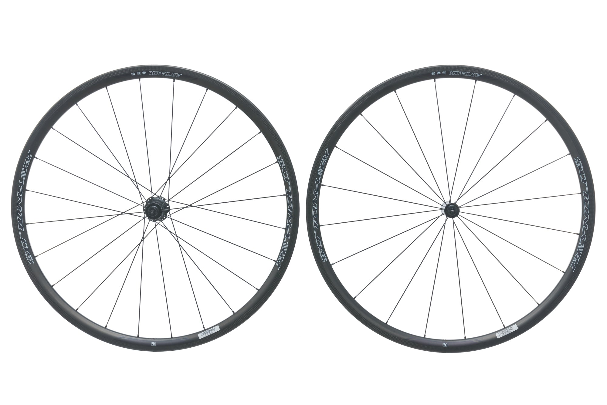 Reynolds Attack Carbon Tubeless 700c Wheelset drive side