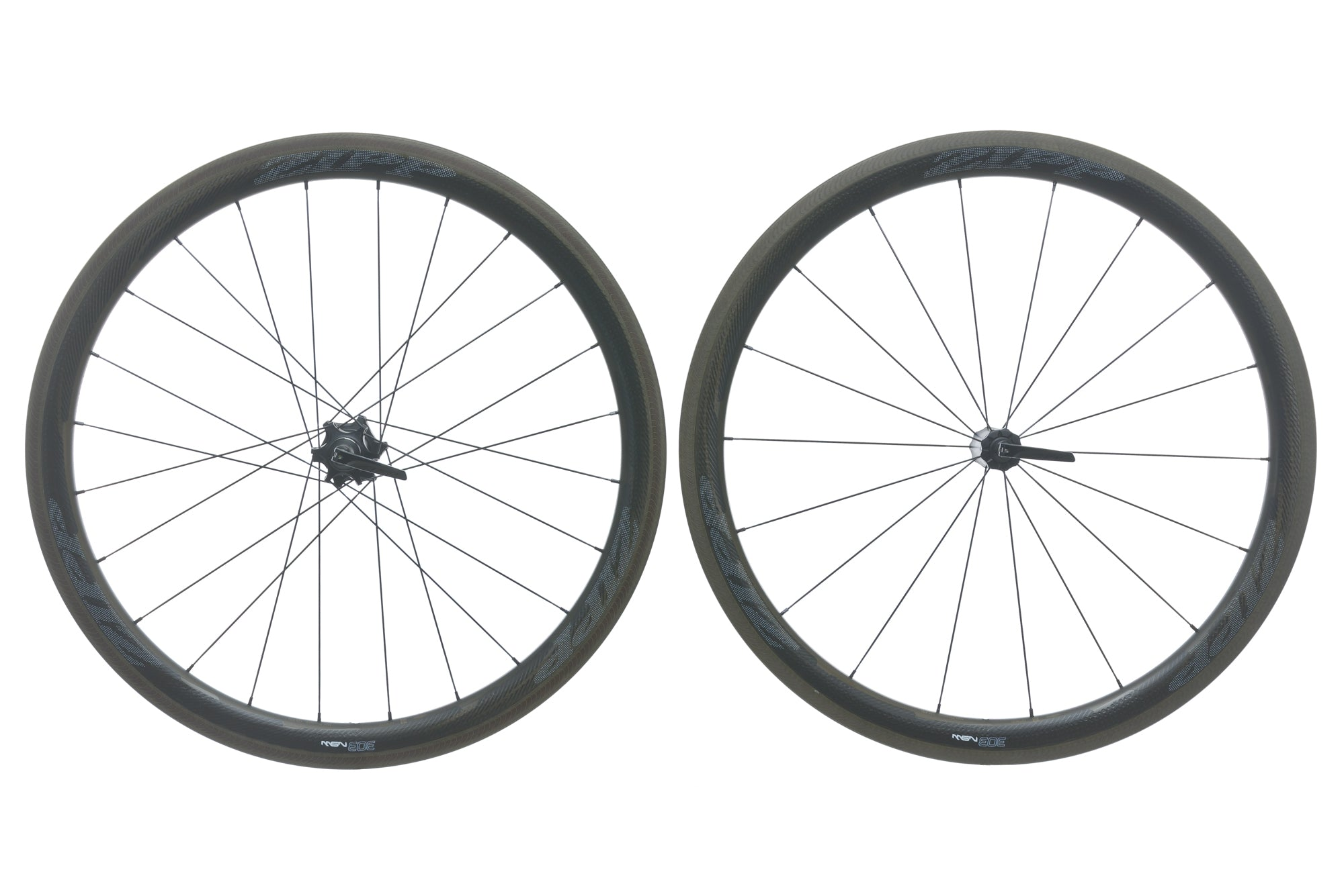 Zipp 303 NSW Carbon Clincher 700c Wheelset drive side
