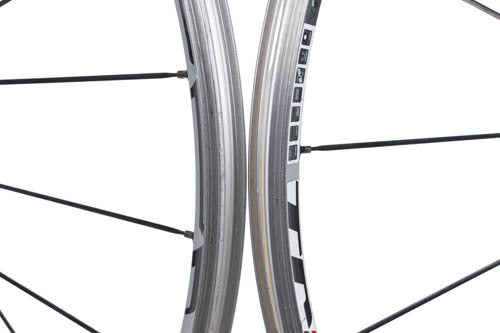 DT Swiss Tricon RR 1700 front wheel
