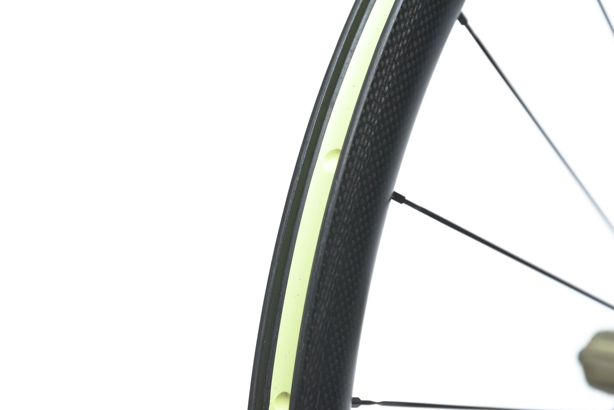 Techlite Carbon Clincher 700c Rear Wheel