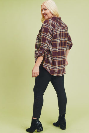 Plaid Shirt With Roll Up Sleeves In Curvy Style!