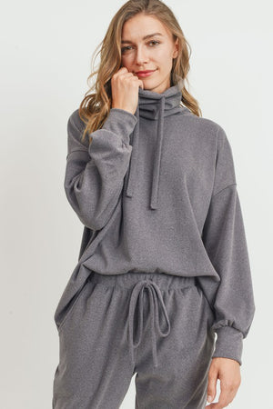 Turtle Neck Balloon Sleeves Drawstring Knit Top!