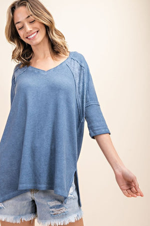 Thermal & Slub Fabric Mix V-Neck Washed Knit Top!