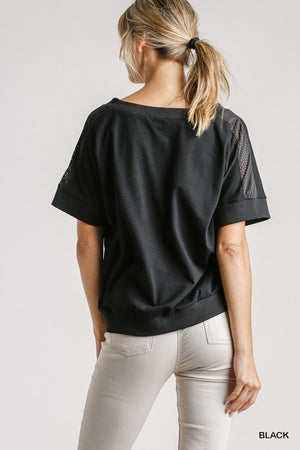 Athletic Mesh V-Neck Short Sleeve Top with Ribbed Hem!