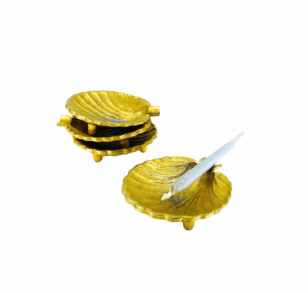 Gold Shell Personal Ashtrays, Set of 4