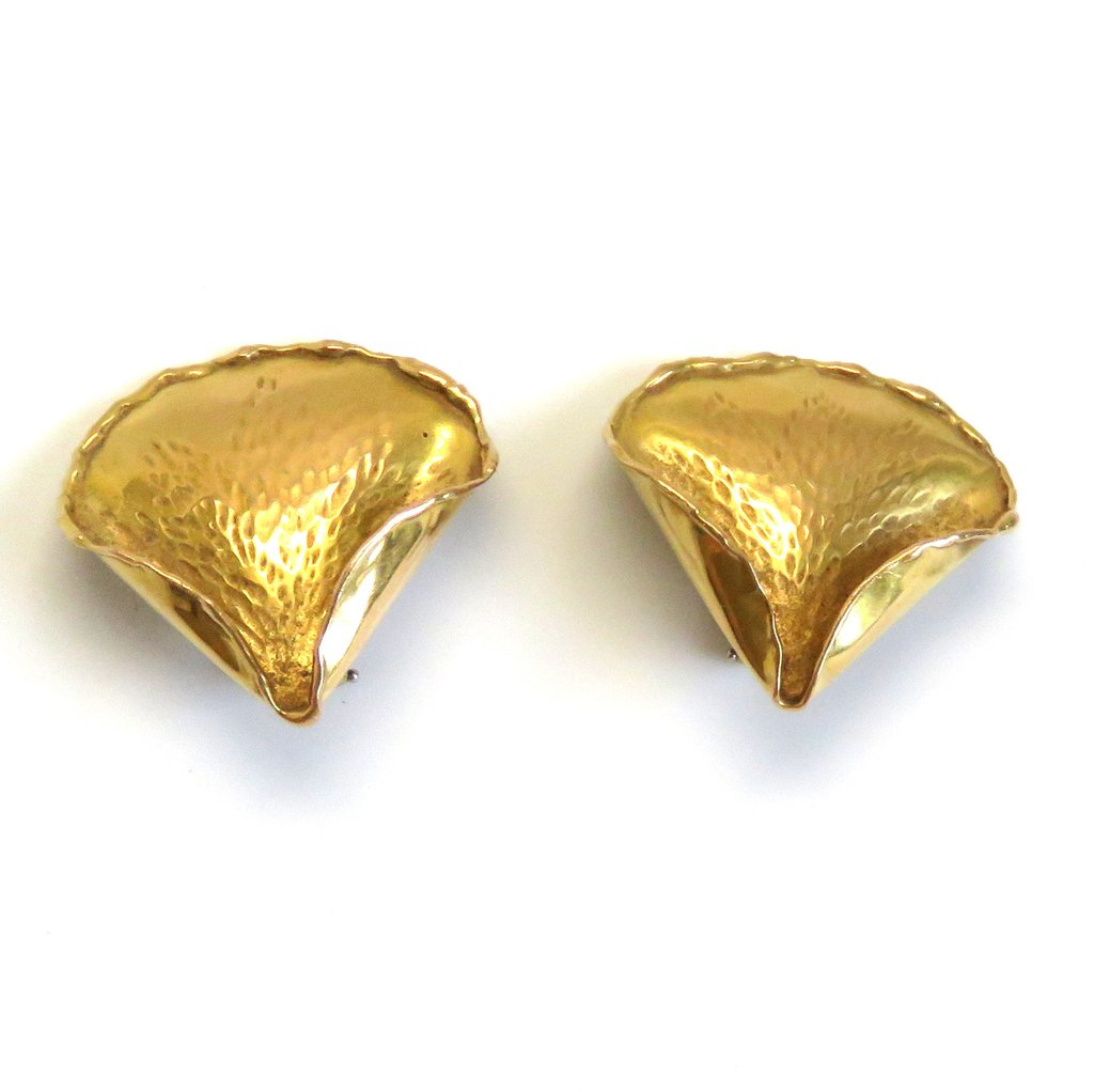 1970s Tiffany & Co Gold Rose Petal Earrings - UPONPARK