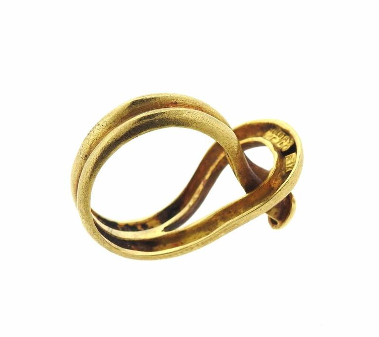 Zolotas Gold Hook and Eye Ring