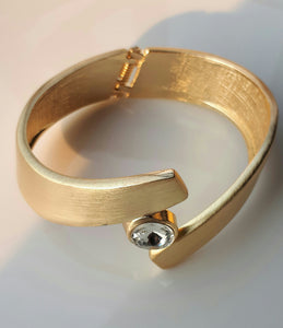 Gold plated women large bracelets