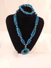 Seed beads and pearls  necklaces