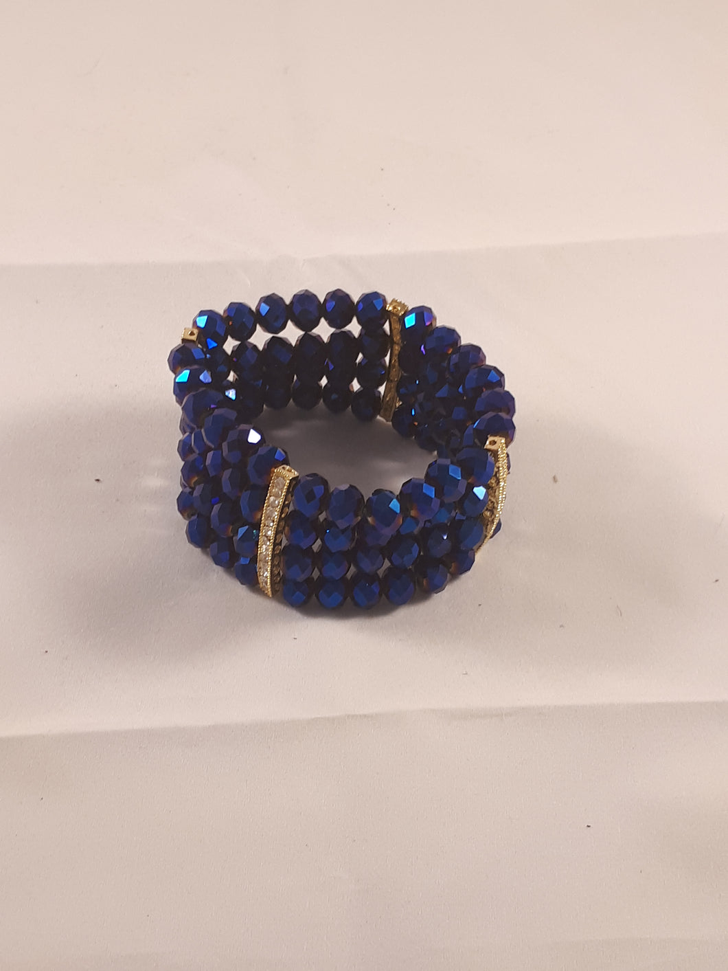 Multiple strands elastic bracelets