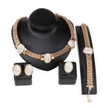 Fashion Dubai Gold Plating Jewelry Sets Crystal Classic Necklace Ring Nigerian Wedding African Beads Jewelry Sets
