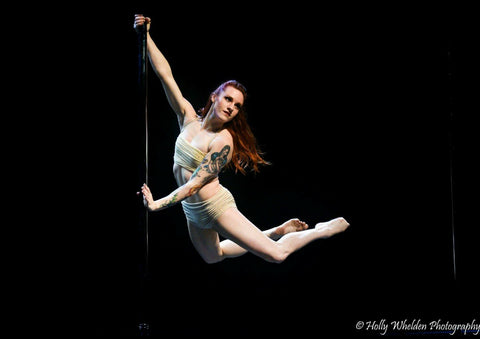 Jordan Mazur at the Land of Lakes Pole Dance Festival