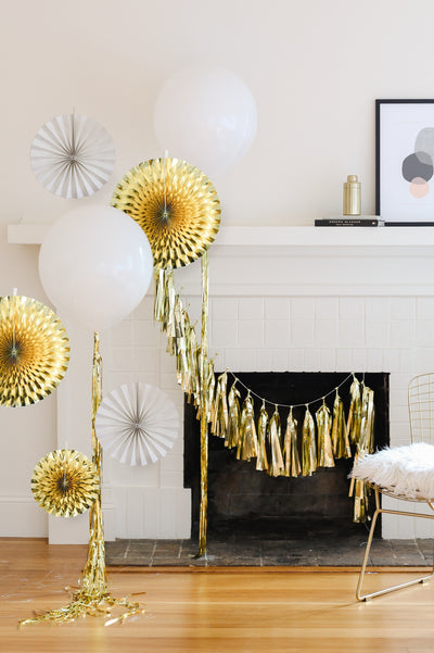 Mini Gold and White Party Kit with Balloons, Tassels and Party Fans
