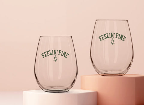 Feelin' Pine Wine Glass