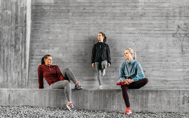 Spurtee Runner's Collection shell jacket for running, walking comes in burgundy, citadel blue and black in100% recycled polyester.