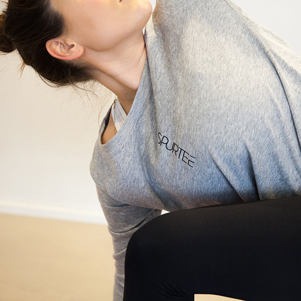 BREATHE. REPEAT. sweatshirt light grey is made out of tencel and organic cotton, soft and keeps you cool during activity. Great for both training & leisure.