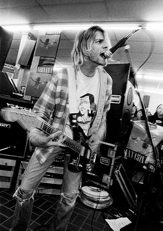fender jaguar kurt cobain playing live gig