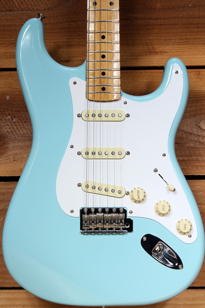 FENDER 2017 Classic Series 50s Stratocaster DAPHNE BLUE Clean! Strat 94225