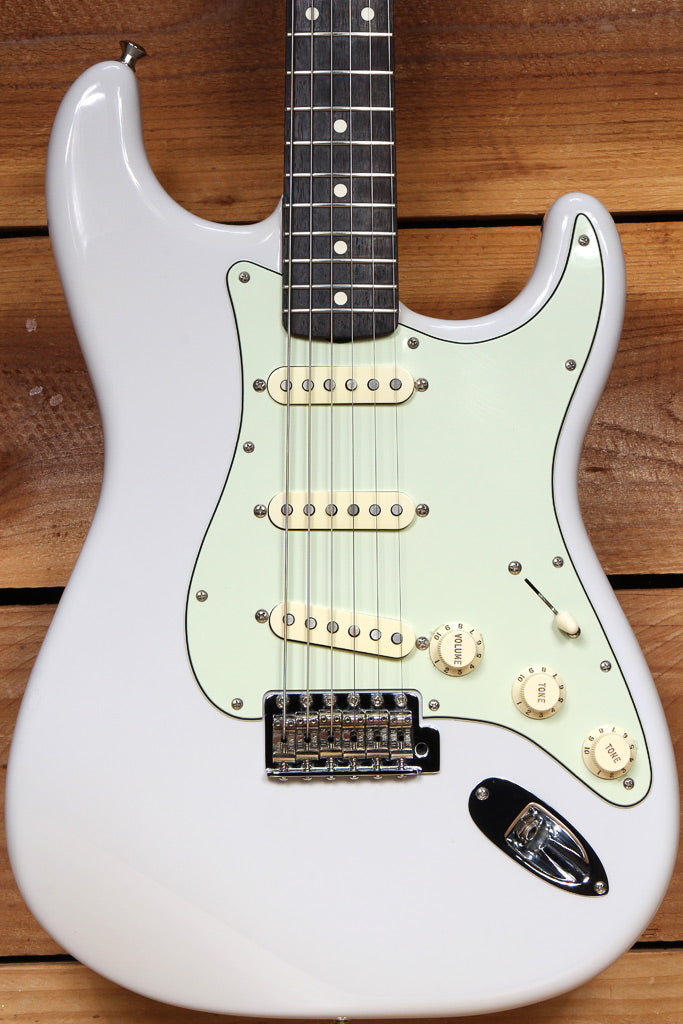 FENDER RARE LILAC! Classic Series 60s Stratocaster 2015 Special Ed Strat 89104