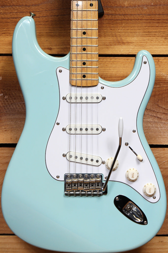 FENDER CLASSIC Player / Series 50s Daphne Blue STRATOCASTER V Neck 9.5