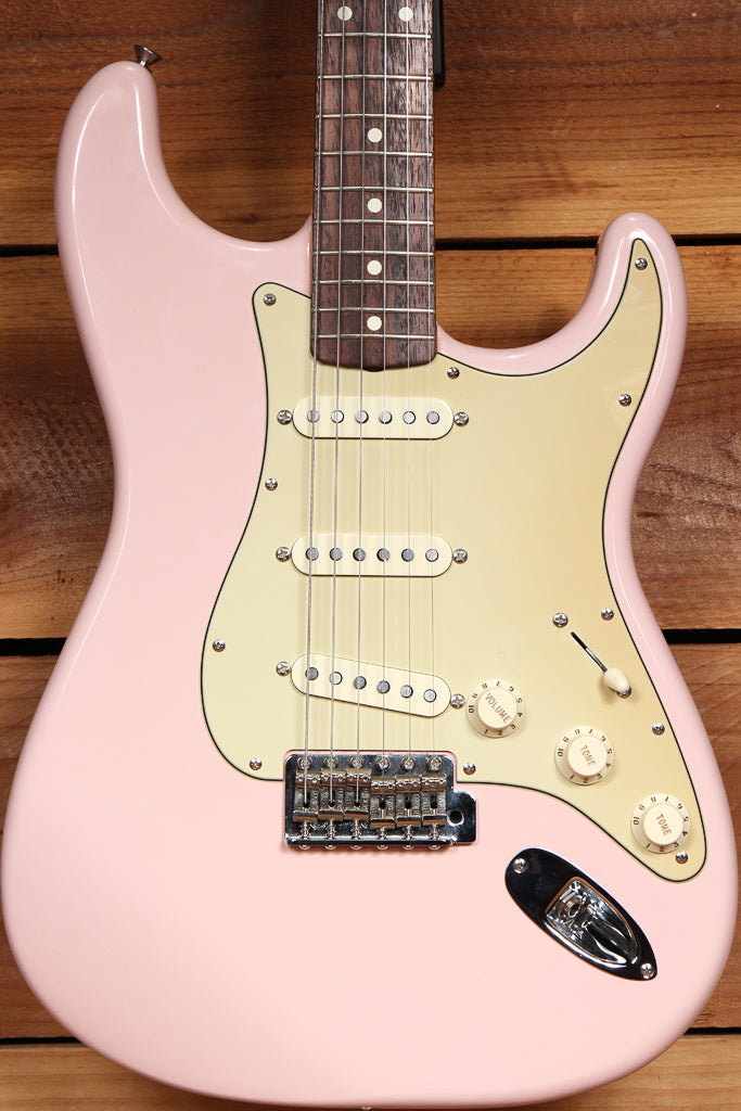 FENDER RARE Shell Pink! Classic Series 60s Stratocaster 2005 Special Strat 97192
