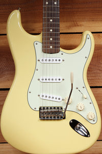 FENDER Canary CLASSIC FSR 60s STRATOCASTER + Texas Spec PUs Yellow Strat 61200