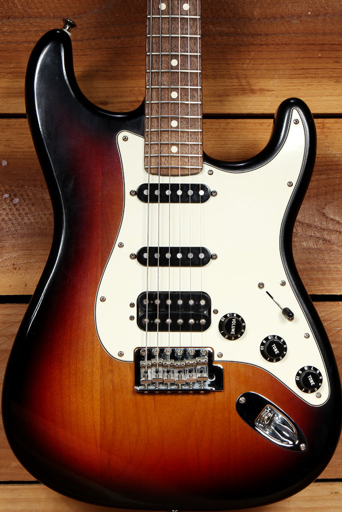 FENDER HIGHWAY ONE 1 STRATOCASTER HSS USA NITRO AMERICAN STRAT RELIC 03955