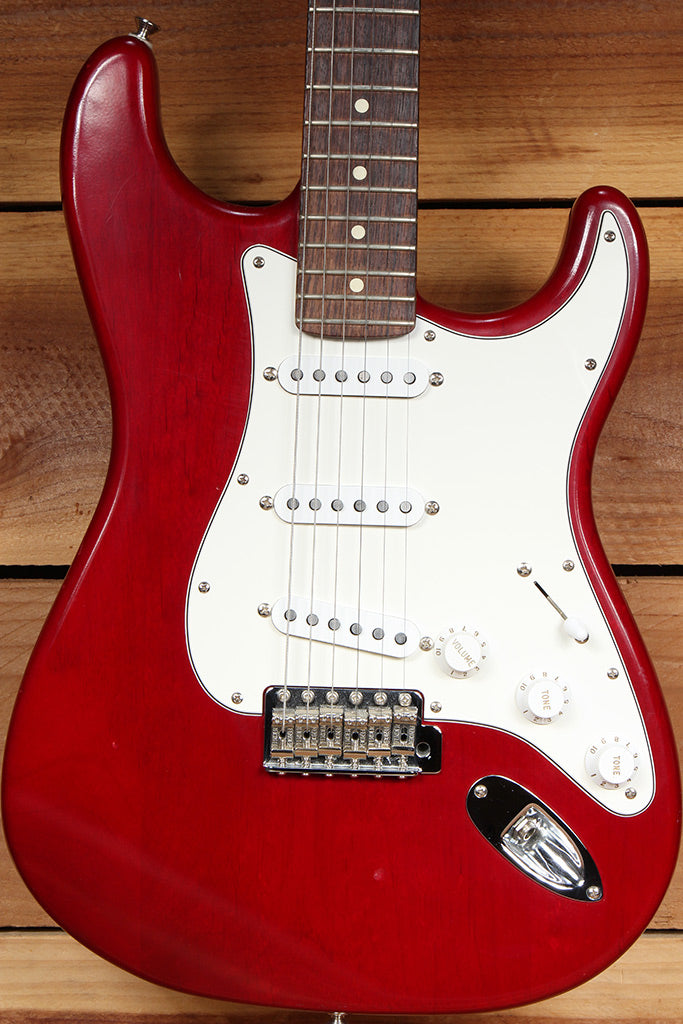FENDER HIGHWAY ONE 1 Stratocaster SSS USA Nitro American RED STRAT RELIC 27887