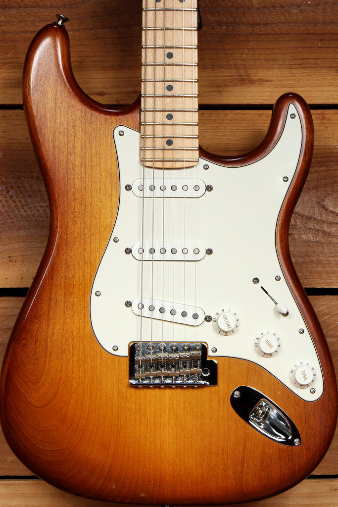 FENDER HAND STAINED USA STRATOCASTER 2013 American Strat Nice Cond 97655
