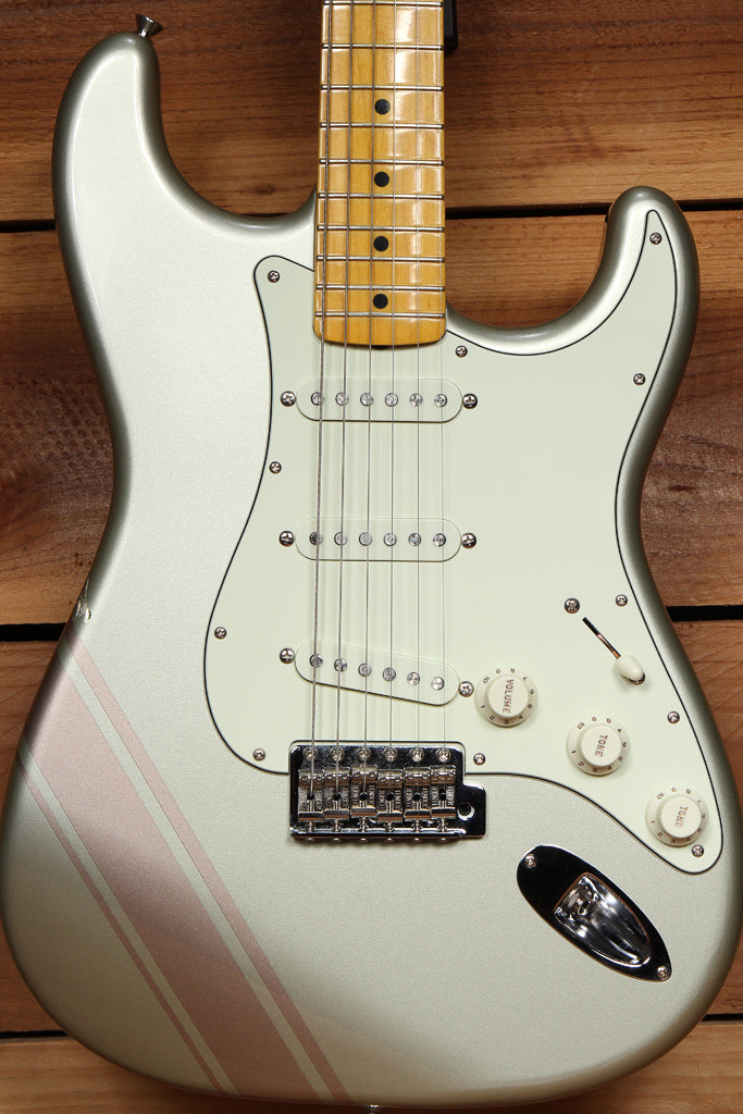 Fender 2018 FSR TRADITIONAL STRATOCASTER with GT STRIPE MIJ Inca Silver 05267