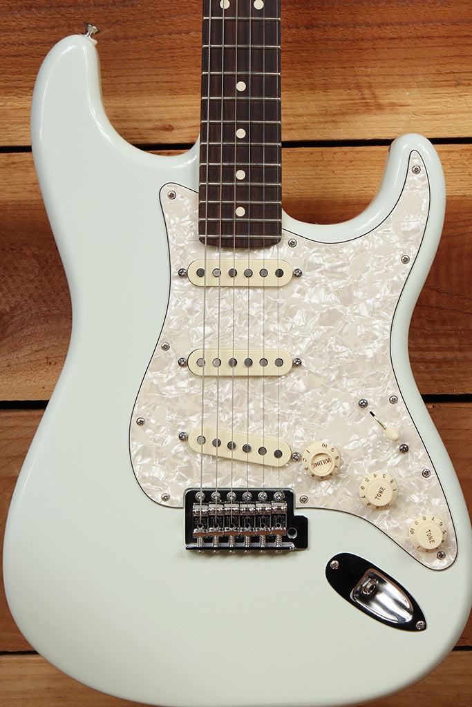 FENDER ROADHOUSE STRATOCASTER RARE SONIC BLUE S-1 Switch Texas Special PU 3182
