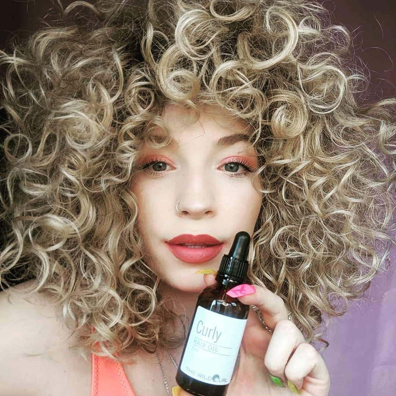 Moisturizing Curly Hair Oil - The Wild Curl
