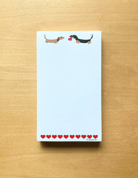 Two dachshunds with hearts notepad.
