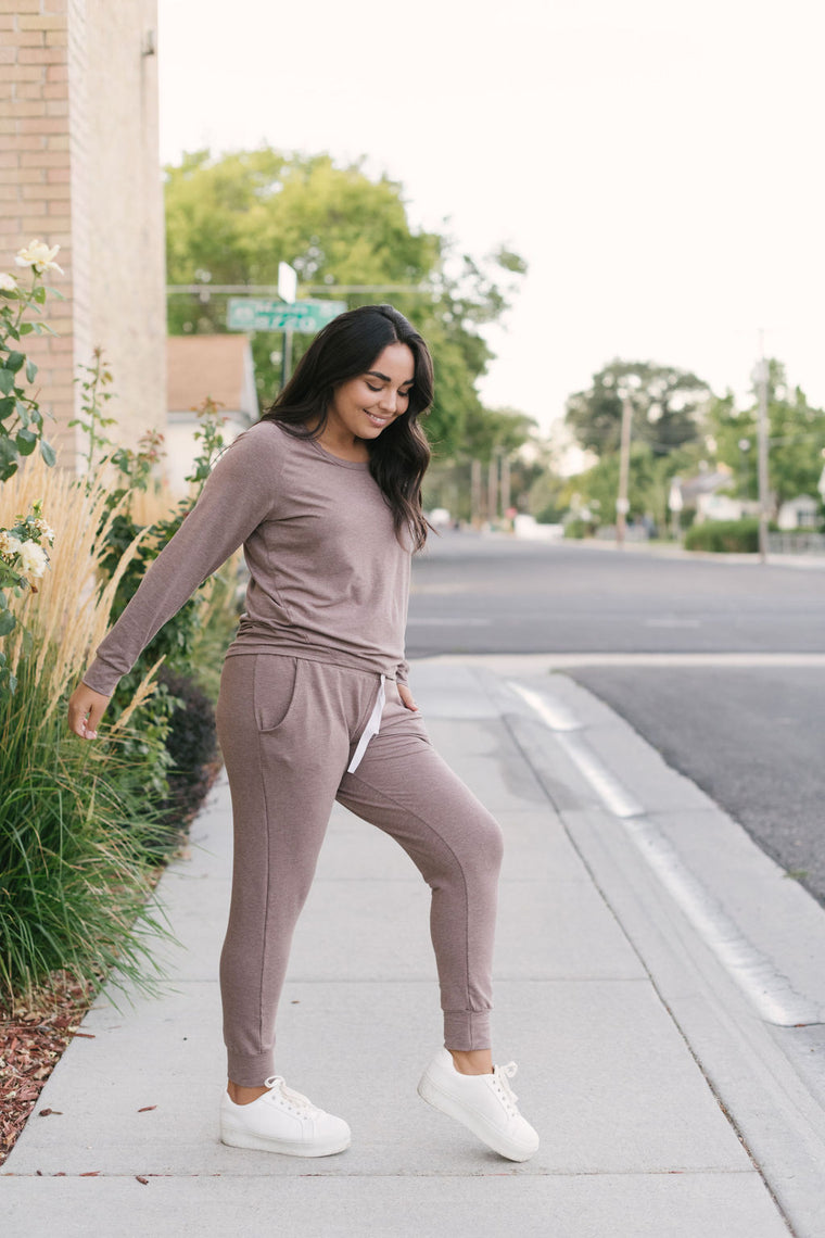 Women's Heathered Taupe Slim Bamboo Jogger