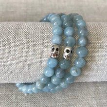 Stretchy skull bracelet with Aquamarine
