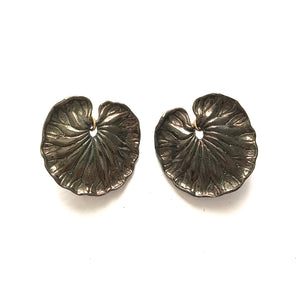 Lotus leaves earrings - Hematite plated
