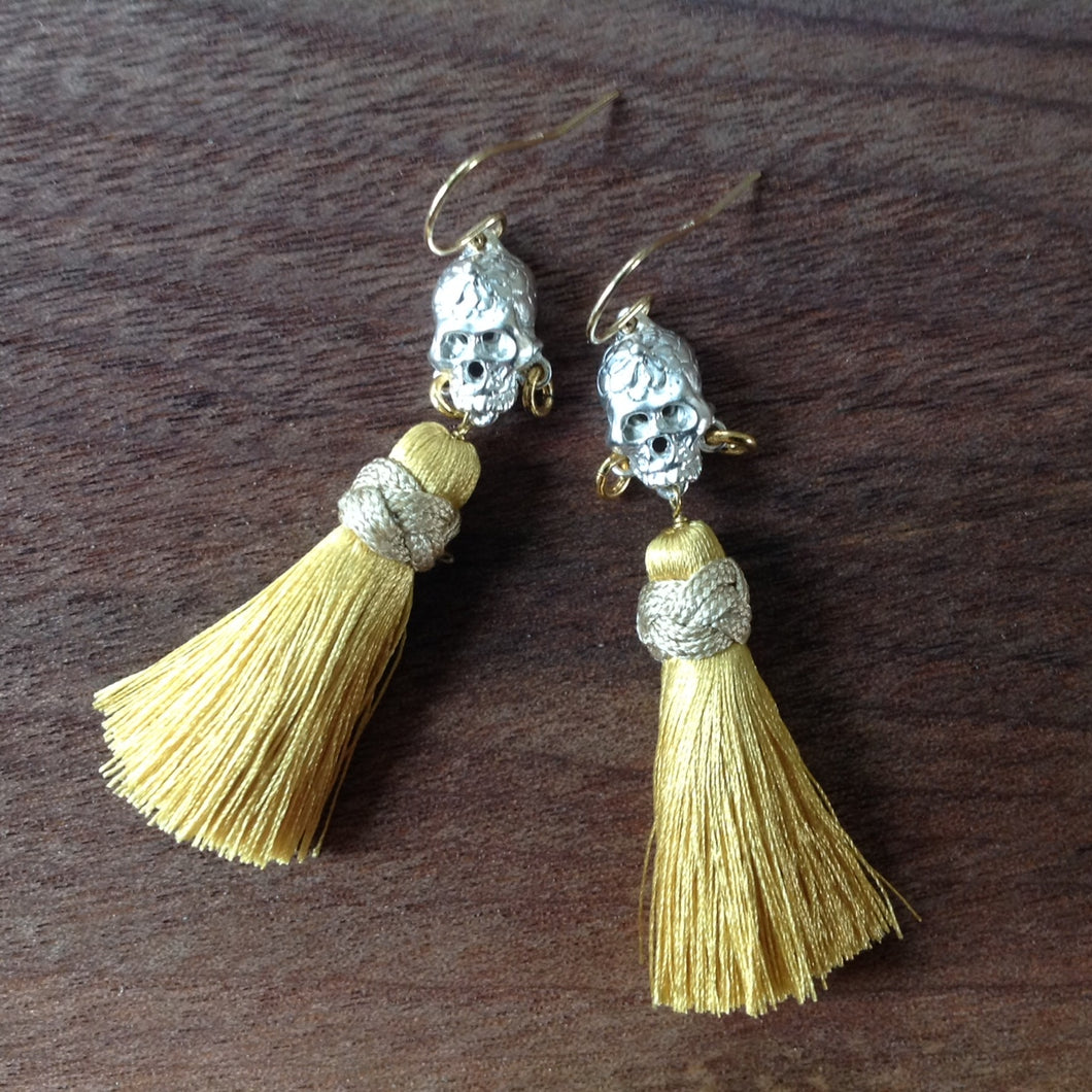 Skull earrings with silk tassel