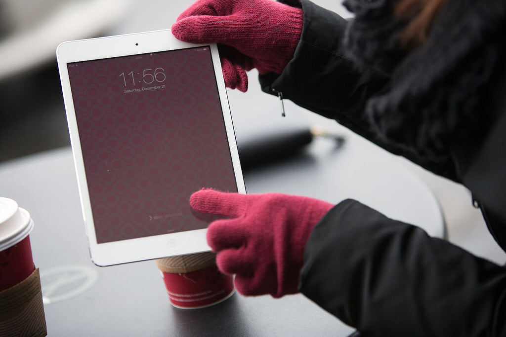 Nanotips for Fabrics and Fleeces - Touchscreen Liquid for your gloves, - Touchscreen Gloves, Nanotips- Nanotips