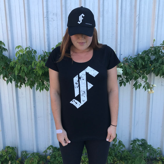 Framingham 'F' Tee Shirt White on Black - Female