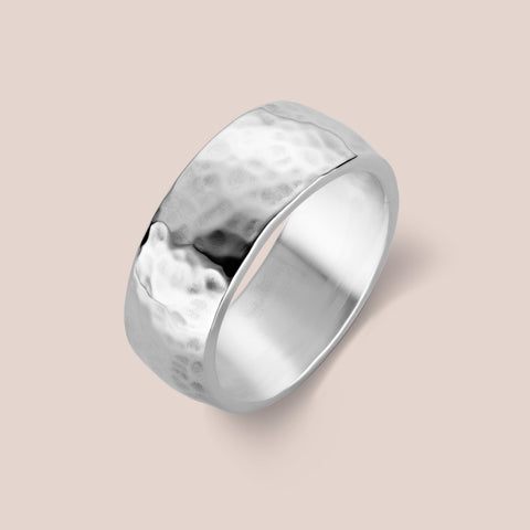 """Kahlo"" Men's Hammered Band"