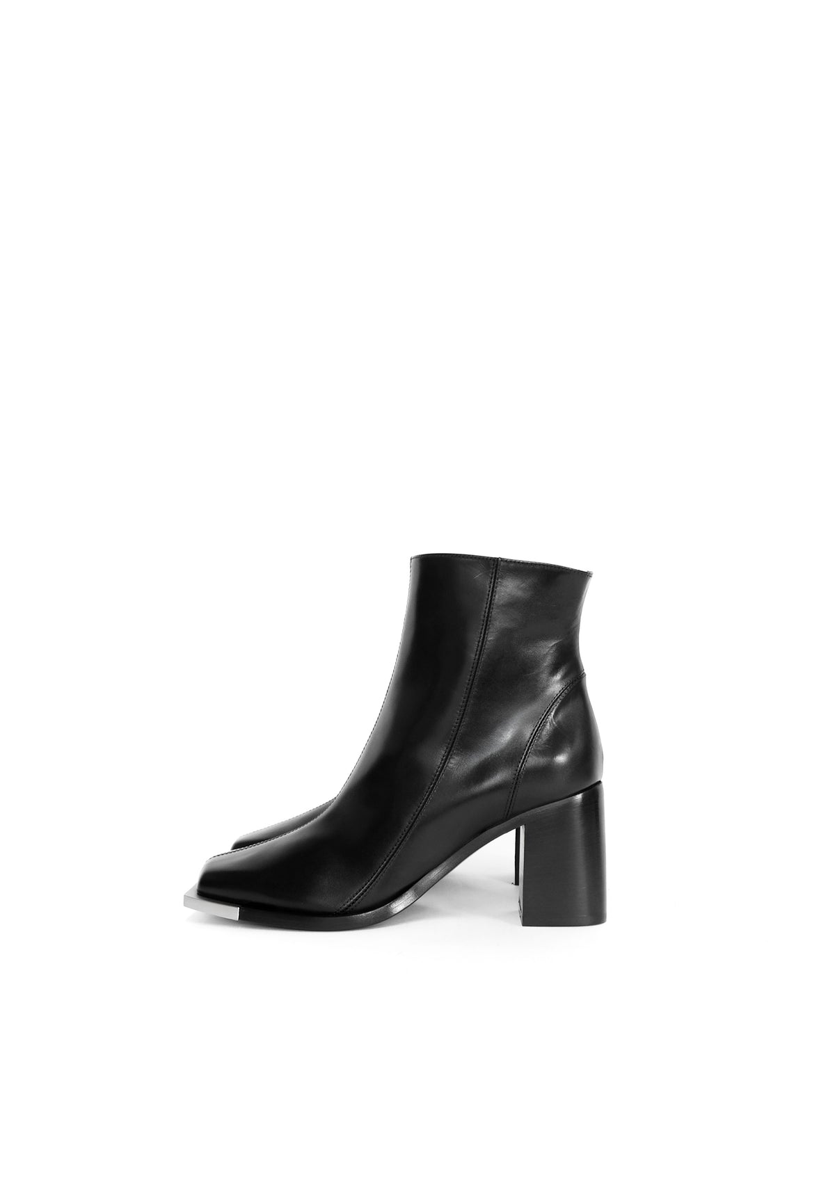 AVAILABLE NOW - BLACK EVERYDAY ANKLE BOOTS WITH METAL TIP