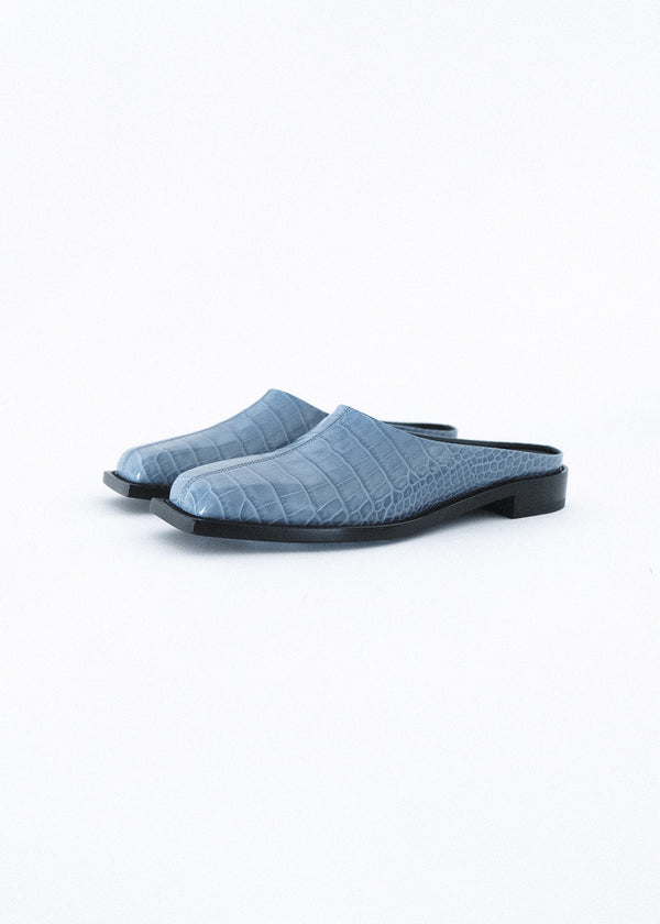 LIGHT INDIGO SQUARE TOE SLIDE