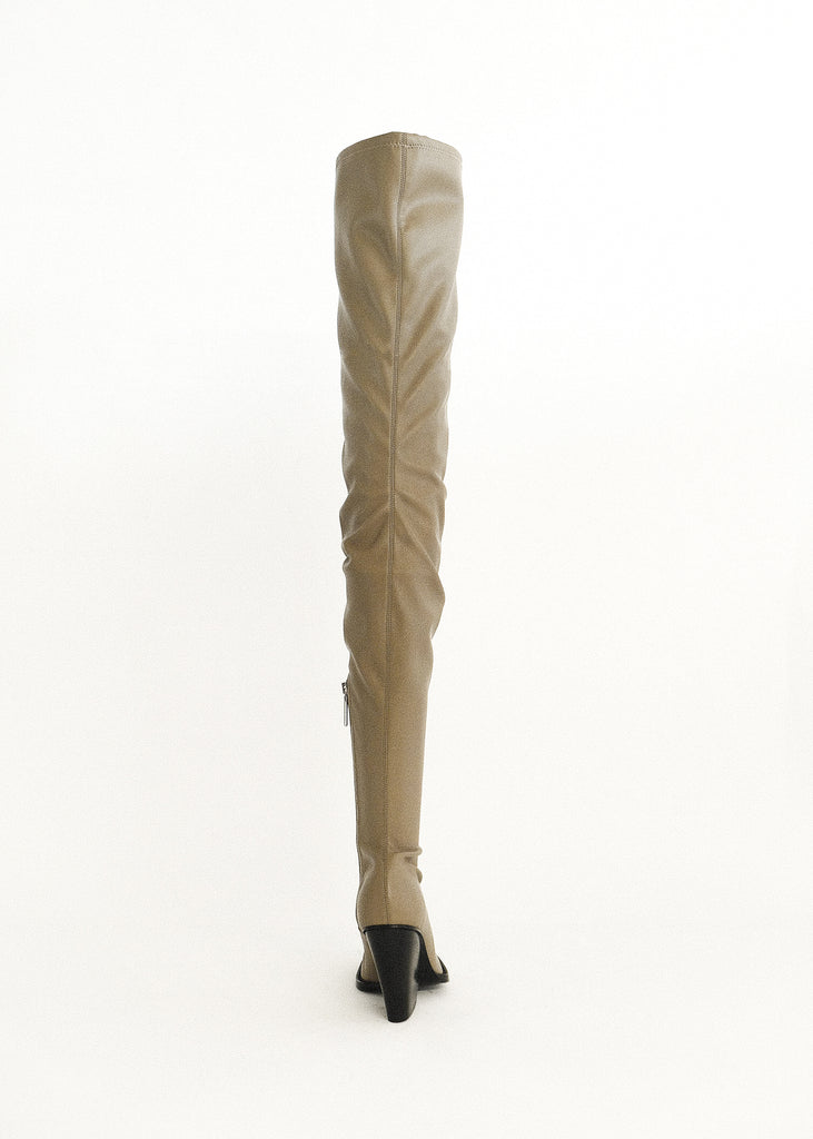 FOG VAIORA THIGH HIGH BOOT WITH SILVER METAL TIP