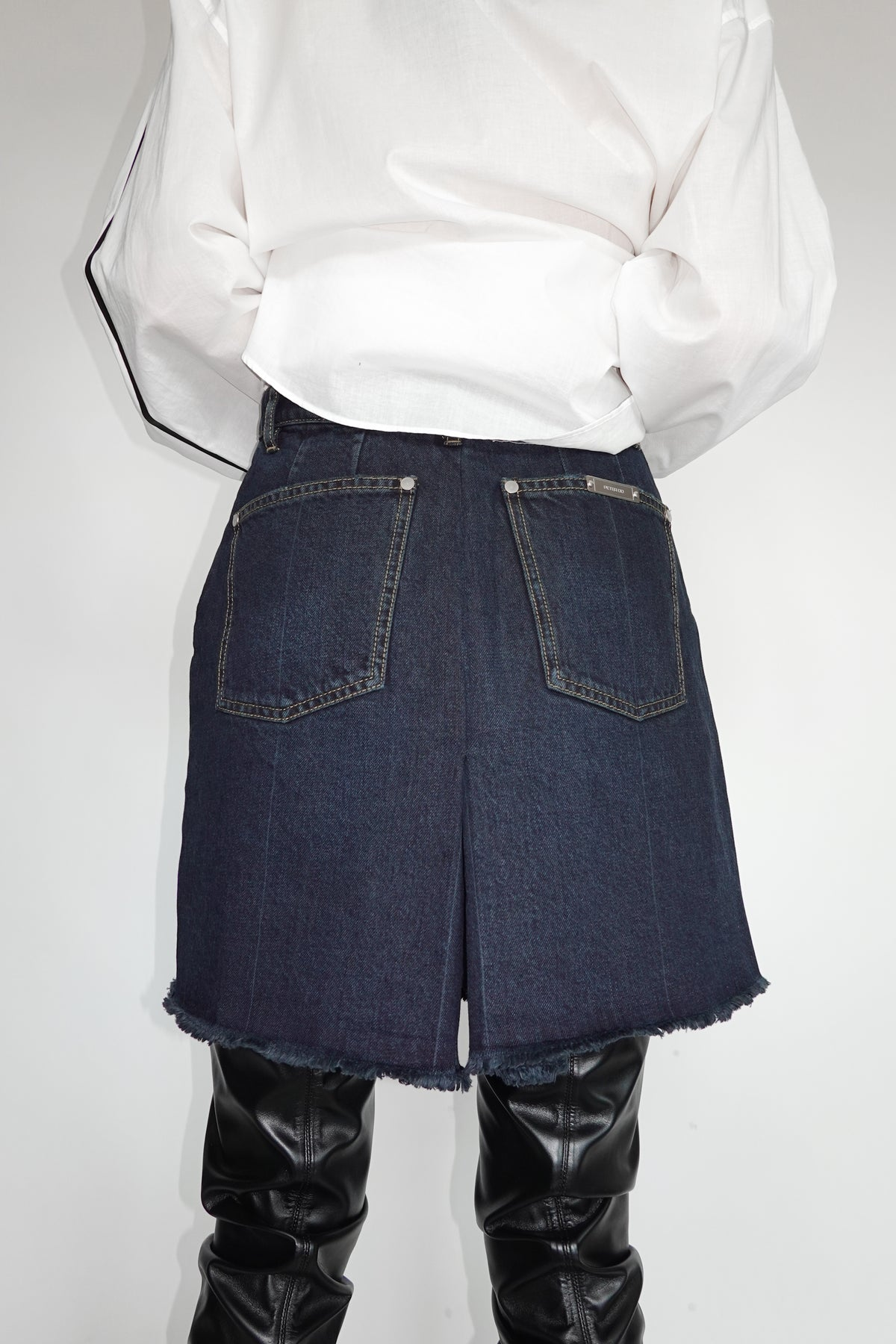 DARK INDIGO BLUE DENIM SKORT